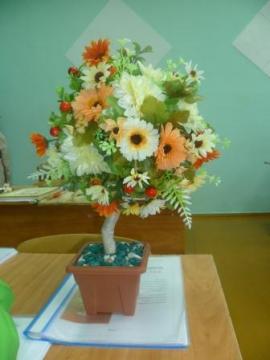 Цветочное дерево - Людмила Сергеевна Гончарова