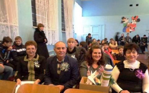 На новогодней встрече КВН(28.12.12г.) - Акимовская общеобразовательная школа №1