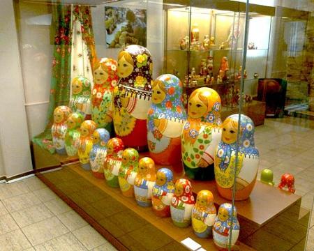 Музей игрушки 45-ти местная матрёшка - Галина Ивановна Куколева