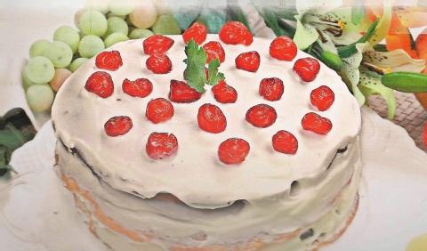 Праздничные торты с фото